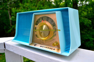 SOLD! - July 4, 2017 - TUXEDO BLUE Mid Century Retro 1962 Motorola A17B3 Tube AM Radio Cool Model Rare Color! Near Mint! - [product_type} - Motorola - Retro Radio Farm