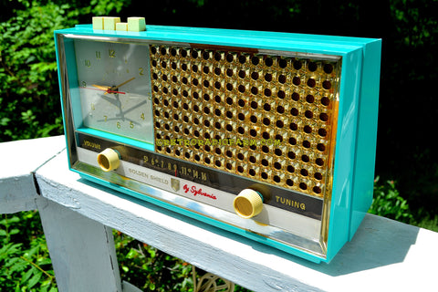 SEAFOAM GREEN Retro Space Age 1957 Sylvania Model 1306 Tube AM Clock Radio Sounds Great!