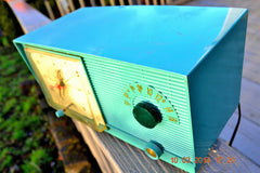 SOLD! - April 8, 2014 - TURQUOISE Atomic Retro Vintage 1956 RCA Victor 6-C-5 Tube AM Clock Radio WORKS! , Vintage Radio - RCA Victor, Retro Radio Farm  - 3