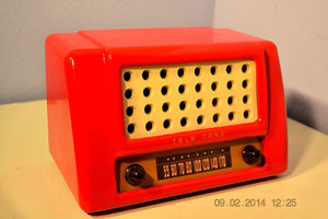 SOLD! May 28, 2014 - FIRE ENGINE RED Rare Art Deco Retro 1947-49 TELE TONE AM Tube Radio Works! Wow! , Vintage Radio - Teletone, Retro Radio Farm  - 3