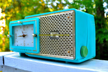 Load image into Gallery viewer, SOLD! - July 11, 2017 - BRIGHT SEAFOAM GREEN Retro Jetsons 1957 Bulova Model 120 Tube AM Clock Radio Absolutely Pristine! - [product_type} - Bulova - Retro Radio Farm