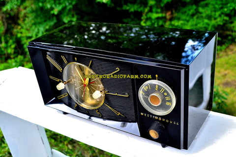 BLACK ONYX Century Retro 1959 Westinghouse Model H-546T5A Tube AM Clock Radio Totally Restored!