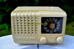 ALABASTER Art Deco Vintage Retro Industrial Age 1948 Air King Model A-511-512 Bakelite Tube Radio Works Like A Charm!