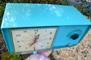 SOLD! - April 8, 2014 - TURQUOISE Atomic Retro Vintage 1956 RCA Victor 6-C-5 Tube AM Clock Radio WORKS! - [product_type} - RCA Victor - Retro Radio Farm