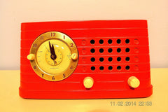 SOLD! - Feb 27, 2014 - STUNNING CARDINAL RED Bakelite 1948 Telechron Model 8H59 Clock Radio Works! , Vintage Radio - Admiral, Retro Radio Farm  - 3