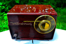Load image into Gallery viewer, SOLD! - June 19, 2017 - MOCHA MARBLE SWIRL Retro Vintage 1953 Westinghouse H-783T5 AM Tube Radio Sounds Great!