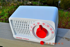SOLD! - May 21, 2014 - BEAUTIFUL Retro Rare WHITE & RED 1952 Stewart Warner 9160 Tube AM Radio WORKS! , Vintage Radio - Stewart Warner, Retro Radio Farm  - 5