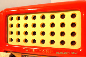SOLD! May 28, 2014 - FIRE ENGINE RED Rare Art Deco Retro 1947-49 TELE TONE AM Tube Radio Works! Wow! , Vintage Radio - Teletone, Retro Radio Farm  - 5
