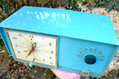 SOLD! - April 8, 2014 - TURQUOISE Atomic Retro Vintage 1956 RCA Victor 6-C-5 Tube AM Clock Radio WORKS! , Vintage Radio - RCA Victor, Retro Radio Farm  - 6