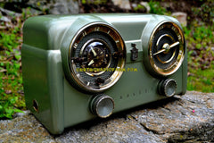 SOLD! - May 15, 2017 - PALMETTO GREEN METALLIC Mid Century Retro Antique Vintage 1951 Crosley Model 11-125GN AM Tube Clock Radio Quality Construction Sounds Great!