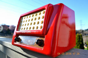 SOLD! May 28, 2014 - FIRE ENGINE RED Rare Art Deco Retro 1947-49 TELE TONE AM Tube Radio Works! Wow! , Vintage Radio - Teletone, Retro Radio Farm  - 7