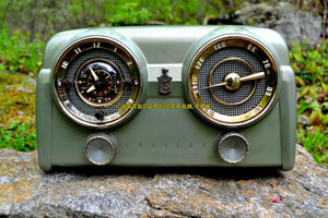 SOLD! - May 15, 2017 - PALMETTO GREEN METALLIC 1951 Crosley Model 11-125GN AM Tube Clock Radio Quality Construction Sounds Great! - [product_type} - Crosley - Retro Radio Farm