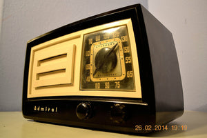 SOLD! - March 14, 2014 - BEAUTIFUL Retro Vintage Black Ivory 1951 Admiral 5J21N Tube AM Radio WORKS! - [product_type} - Admiral - Retro Radio Farm