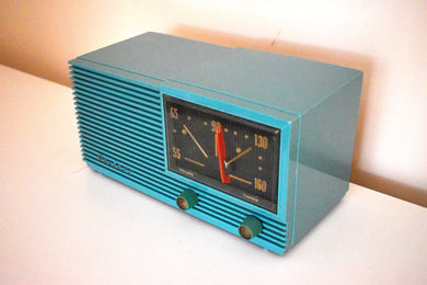 Turquoise Green 1957 Airline Model HSE1625A AM Vacuum Tube Radio Loud and Clear Looks Great!