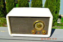 Load image into Gallery viewer, SOLD!  - Nov. 14, 2014 - BEAUTIFUL Vintage Deco Retro 1949 Airline 84-HA-1528 - [product_type} - Airline - Retro Radio Farm