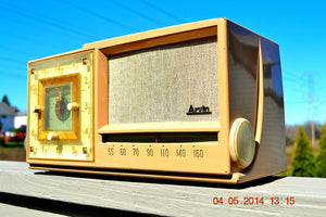 SOLD! - Sept 14, 2014 - BEAUTIFUL SANDY TAN Retro Space Age 1956 Arvin Tube AM Clock Radio WORKS! , Vintage Radio - Arvin, Retro Radio Farm  - 2