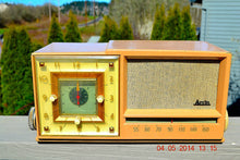 Load image into Gallery viewer, SOLD! - Sept 14, 2014 - BEAUTIFUL SANDY TAN Retro Space Age 1956 Arvin Tube AM Clock Radio WORKS! , Vintage Radio - Arvin, Retro Radio Farm  - 1