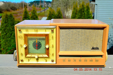 SOLD! - Sept 14, 2014 - BEAUTIFUL SANDY TAN Retro Space Age 1956 Arvin Tube AM Clock Radio WORKS!