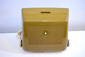 Autumn Gold Solid State 1968 Silvertone Model 8036 AM Clock Radio Alarm Mod 60's Neo Futurism At Its Finest