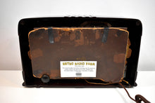 Load image into Gallery viewer, Wenge Brown Bakelite 1940 Emerson Model 343 Shortwave AM Vacuum Tube Radio Excellent Condition!