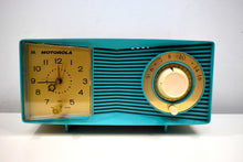 Load image into Gallery viewer, Aqua Mid Century 1960 Motorola Model C15JK25 Vacuum Tube AM Clock Radio Sounds Great! Looks Great!