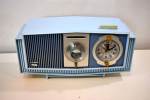 Blue on Blue Mid-Century 1963 Motorola Model C19B25 Tube AM Clock Radio Rare Color Combo!