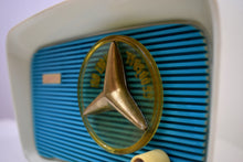 Load image into Gallery viewer, Turquoise and White 1959 Travler Model T-204 AM Tube Radio Cute As A Button!