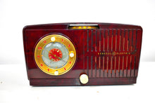 Load image into Gallery viewer, Burgundy Marble Mid Century Vintage 1954 General Electric Model 515 AM Vacuum Tube Radio Looks Great Popular Model!