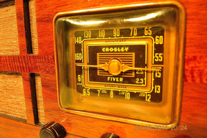 SOLD! - July 14, 2014 - BEAUTIFUL Wood Art Deco Retro 1940 Crosley Fiver 52TH-WC AM Tube Radio Works! - [product_type} - Crosley - Retro Radio Farm