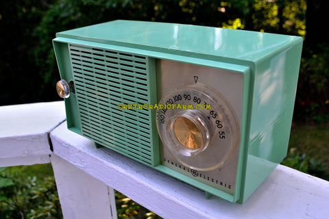 SOLD! - Aug 19, 2017 - BLUETOOTH MP3 READY SEA GREEN Mid Century Vintage 1959 General Electric Model T-129C Tube Radio