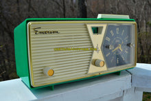 Load image into Gallery viewer, SOLD! - Apt 24, 2017 - PRISTINE Emerald Green Emerson Model 883 Series B Tube AM Clock Radio Mid Century Rare Color Sounds Great! - [product_type} - Emerson - Retro Radio Farm