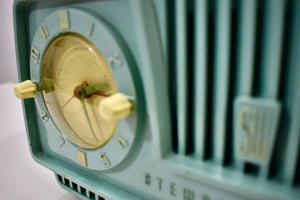Aqua Turquoise 1954 Stewart Warner Model 9187E Vacuum Tube AM Clock Radio Rare Color Quality Manufacturer!