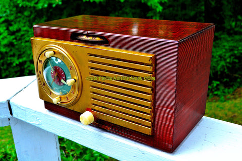 BLUETOOTH MP3 READY - BURLED TOP Art Deco 1952 General Electric Model 521F AM Brown Bakelite Tube Clock Radio