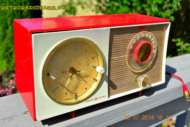 SOLD! - Oct 12, 2014 - CORVETTE RED AND WHITE Retro Jetsons Late 50's early 60's General Electric GE Tube AM Clock Radio WORKS! - [product_type} - General Electric - Retro Radio Farm