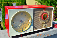 SOLD! - Oct 12, 2014 - CORVETTE RED AND WHITE Retro Jetsons Late 50's early 60's General Electric GE Tube AM Clock Radio WORKS! , Vintage Radio - General Electric, Retro Radio Farm  - 3