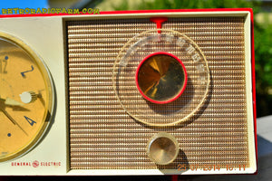 SOLD! - Oct 12, 2014 - CORVETTE RED AND WHITE Retro Jetsons Late 50's early 60's General Electric GE Tube AM Clock Radio WORKS! , Vintage Radio - General Electric, Retro Radio Farm  - 8