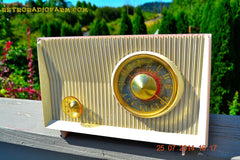 SOLD! - Oct 21, 2014 - PINK AND WHITE Atomic Age Vintage 1959 RCA Victor Model X-2EF Tube AM Radio WORKS! , Vintage Radio - RCA Victor, Retro Radio Farm  - 6
