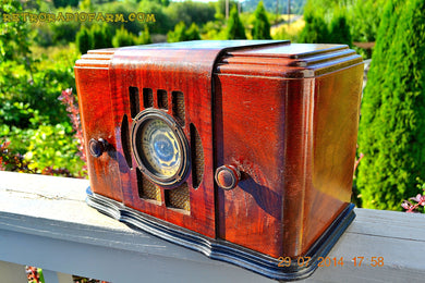 SOLD! - Sept 17, 2015 - BEAUTIFUL Wood Art Deco Retro 1930's or 1940's Western Air Patrol AM Tube Radio Works! Wow! , Vintage Radio - Western Air Patrol, Retro Radio Farm  - 1