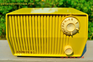 SOLD! - Sept 7, 2014 - BUTTER YELLOW Retro Jetsons Vintage 1959 Admiral 4L26A Tube AM Radio WORKS! , Vintage Radio - Admiral, Retro Radio Farm  - 3