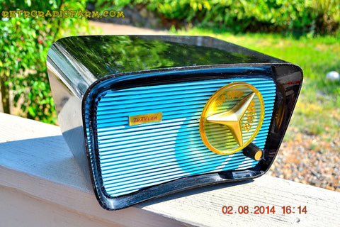 SOLD! - Aug 9, 2014 - SO JETSONS LOOKING Retro Vintage AQUA and BLACK Travler T-204 AM Tube Radio WORKS!