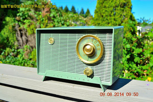 SOLD! - Oct 11, 2014 - OLIVE DRAB Retro Jetsons Vintage 1956 RCA Victor 6-X-5 Tube AM Radio WORKS! , Vintage Radio - RCA Victor, Retro Radio Farm  - 3