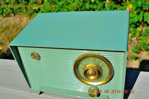 SOLD! - Oct 11, 2014 - OLIVE DRAB Retro Jetsons Vintage 1956 RCA Victor 6-X-5 Tube AM Radio WORKS! , Vintage Radio - RCA Victor, Retro Radio Farm  - 5