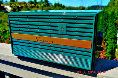 SOLD! - Nov 17, 2014 - EVERGREEN Retro Jetsons Vintage 1953 Emerson 226B AM Tube Radio WORKS! - [product_type} - Emerson - Retro Radio Farm