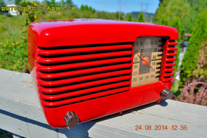 SOLD! - Oct 7, 2014 LIPSTICK RED Vintage Deco Retro 1947 Philco Transitone 46-200 AM Bakelite Tube Radio Works! Wow! , Vintage Radio - Philco, Retro Radio Farm  - 3