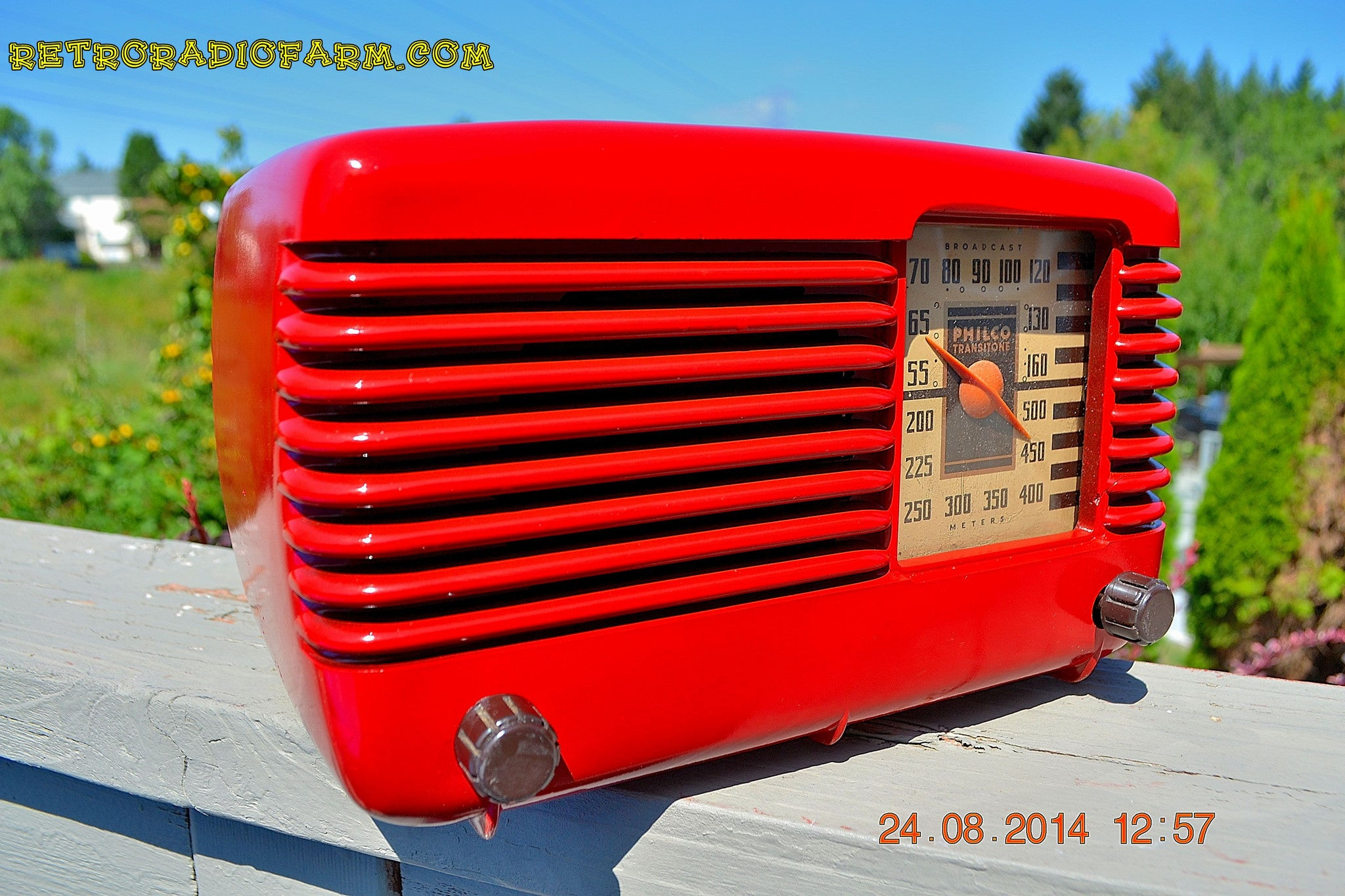 SOLD! - Oct 7, 2014 LIPSTICK RED Vintage Deco Retro 1947 Philco Transitone 46-200 AM Bakelite Tube Radio Works! Wow! , Vintage Radio - Philco, Retro Radio Farm  - 1