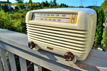 Load image into Gallery viewer, SOLD! - Oct  2, 2014 - ART DECO Ivory 1947 Philco Model PT-4 Bakelite Tube AM Radio WORKS! - [product_type} - Philco - Retro Radio Farm