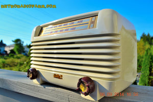 SOLD! - Oct  2, 2014 - ART DECO Ivory 1947 Philco Model PT-4 Bakelite Tube AM Radio WORKS! - [product_type} - Philco - Retro Radio Farm