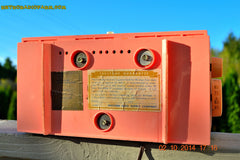 SOLD! - Jan 9, 2015 - HOT PINK Retro Jetsons Vintage 1957 Truetone Western Auto Supply Model DC2852 AM Tube Clock Radio , Vintage Radio - Truetone, Retro Radio Farm  - 10