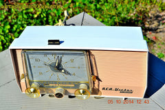 SOLD! - Dec 14, 2014 - TAN and White Retro Jetsons Vintage 1957 RCA 1-X-5KE AM Tube Clock Radio WORKS! , Vintage Radio - RCA Victor, Retro Radio Farm  - 5