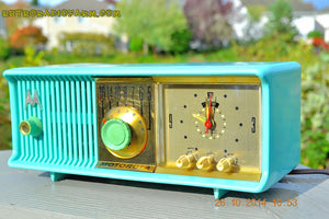 SOLD! - Nov 28, 2014 - VIVID Turquoise Retro Jetsons 1957 Motorola 57CC Tube AM Clock Radio WORKS! , Vintage Radio - Motorola, Retro Radio Farm  - 7